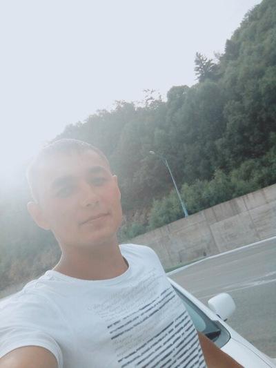 Максим Бондаренко