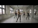 Танец с обручем. Как научиться крутить обруч. Rihanna Needed Me.
