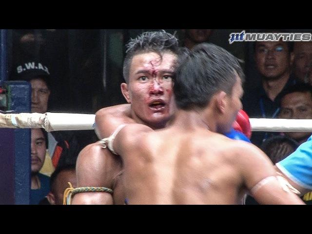 Muay Thai - Extra vs Panpayak (เอ็กซ์ตร้า vs พันธ์พยัคฆ์), Rajadamnern Stadium, Bangkok, 13.11.17.