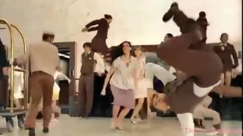 Реклама Липтон Айс Ти 2010 - Хью Джекман танцует