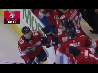 Евгений Дадонов забросил свою первую шайбу после возращения в НХЛ.