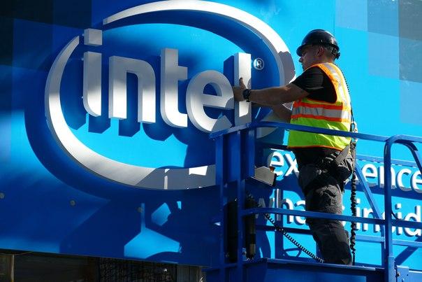 Вы задумывались, что значит имя Intel? У многих ассоциируется с англий