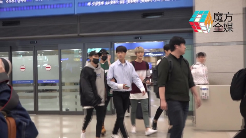 [NEWS][170423] Arrival at Incheon Airport after their activities in Taiwan