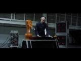Новозеландский музыкант Найджел Стэнфорд снял клип с участием «Одноруких» Промышленных Роботов