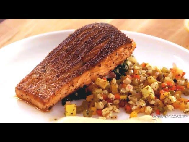 Новый рецепт из The F-Word - Пряный лосось с суккоташем, листовой горчицей и хрустящим картофелем