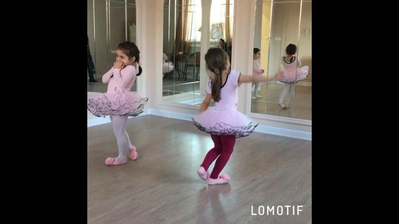 Фатимка балеринка 🎀🎀🎀