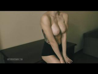 Russian_nude_model_EKATERINA_BARINO___эротика