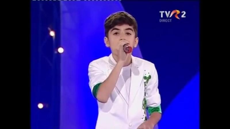 Omar Arnaout -Tu esti primavara mea Mamaia-عمر ارناؤوط يغني روماني ابداع