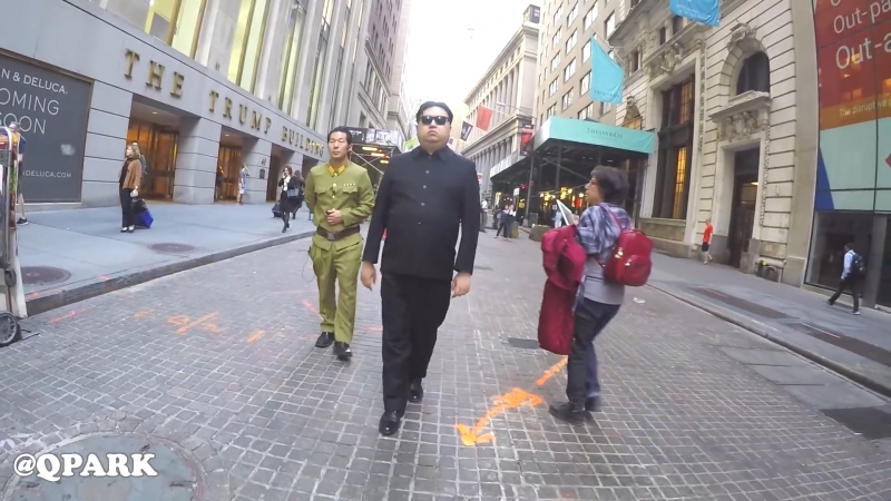 QPark - Ким Чен Ын: 10 Часов Прогулок в Нью-Йорке || 10 Hours of Walking in NYC as Kim Jong Un (22-10-2017)