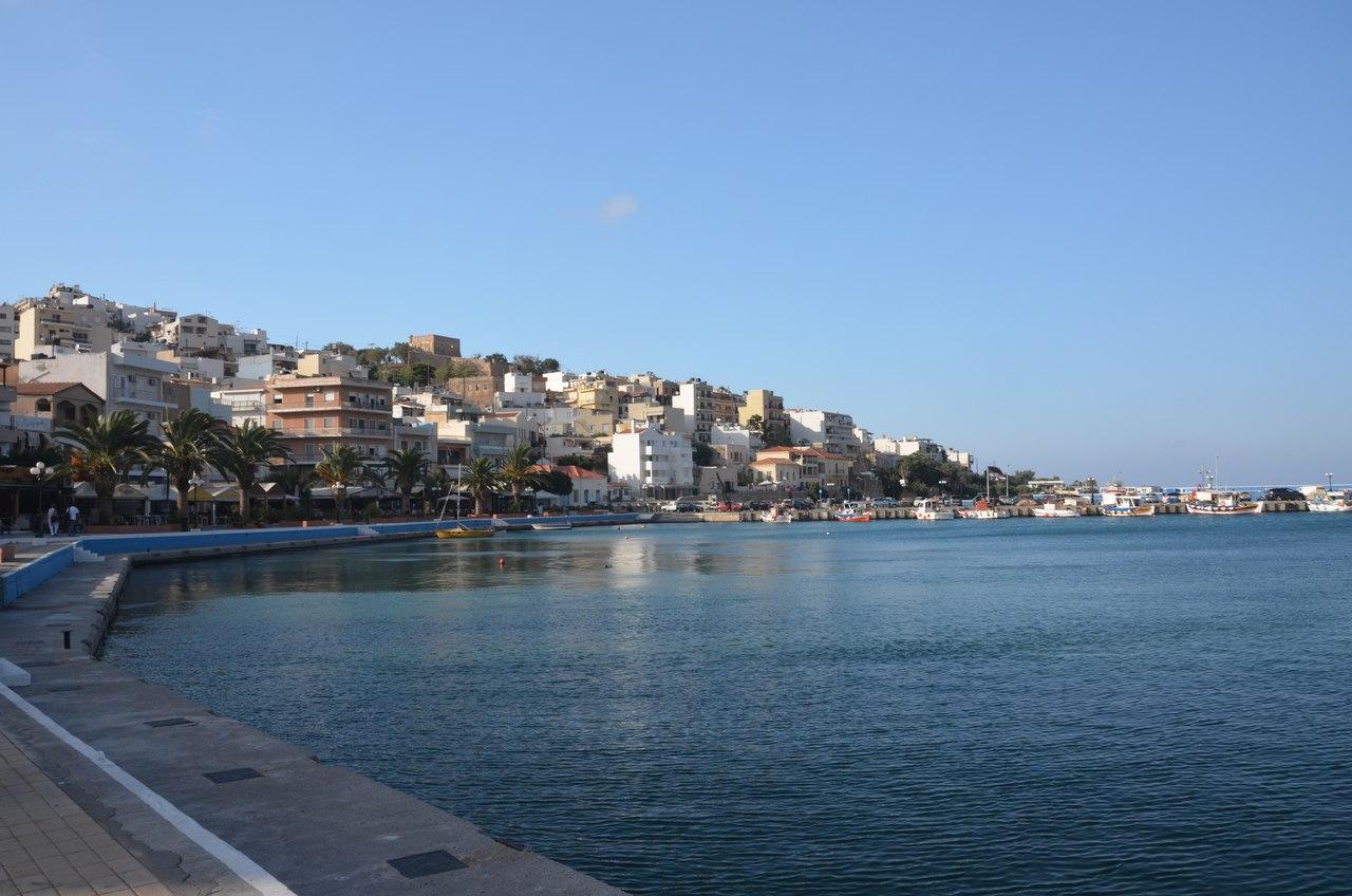 s5wr_RiKmmY Сития – оживленный городок в Восточной части Крита.