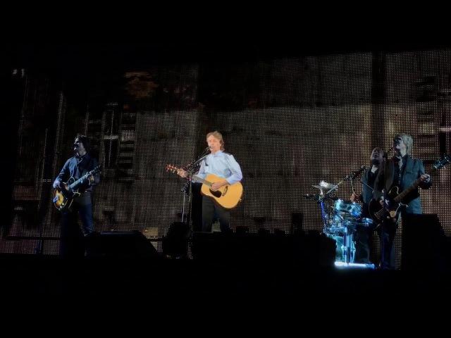 Paul McCartney - Love Me Do (São Paulo, 15/10/17)