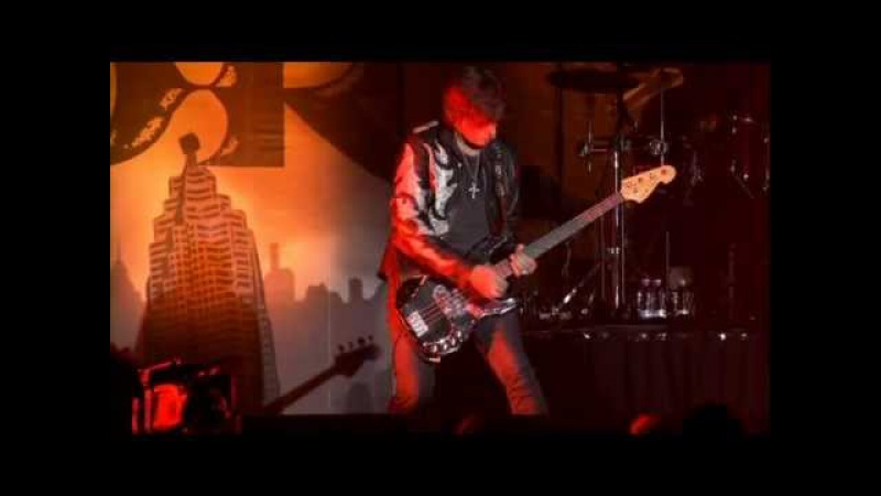 Europe - The Beast (Live at Stockholms Ice Stadium