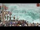 أقوى موجات تسونامي صورتها عدسات الكاميرا &#33