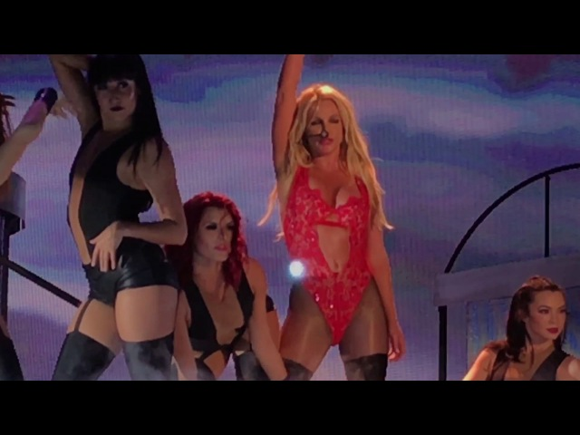 Britney Spears / …Baby One More Time~Oops!…I Did It Again. japan tour 2017 in Osaka. 06/jun/2017