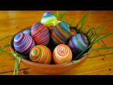 Как необычно покрасить пасхальные яйца к празднику?