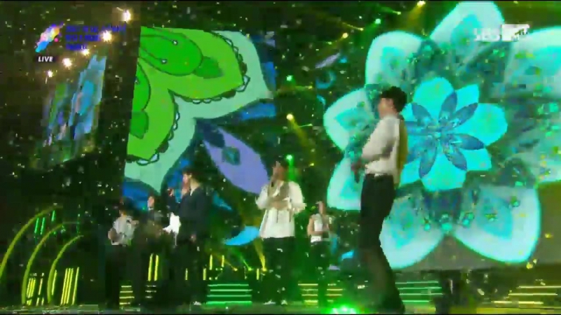 [VIDEO] 170920 EXO @ Soribada Awards   DAESANG Award 3/3