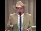 Как продают коров на аукционе в Техасе.