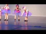 Ну очень смешной детский танец