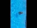 Варюша в бассейне учится плавать 🌊☀️🤗