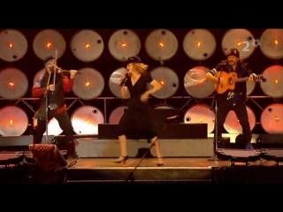 Madonna& Gogol Bordello- La Isla Bonita