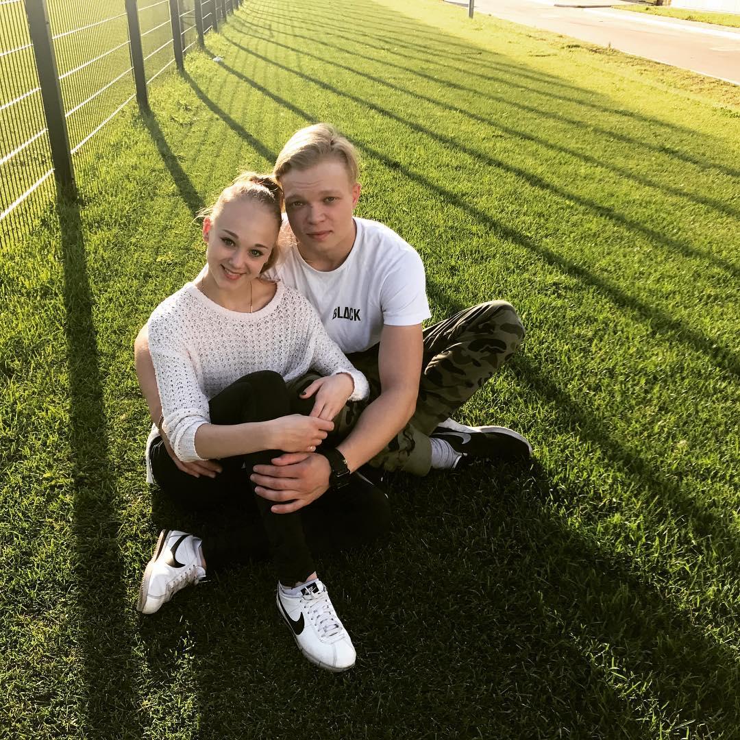 Группа Валентины Тюковой и Павла Слюсаренко - Страница 2 VBXPSq9mtjI