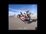 девченки на мотоциклах отжигают так, что парни курят!!!
