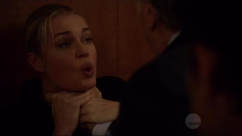 Rebecca Romijn Strangled (The Librarians S03 E10)