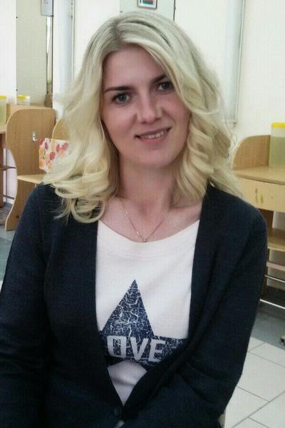 Лена Кореневская