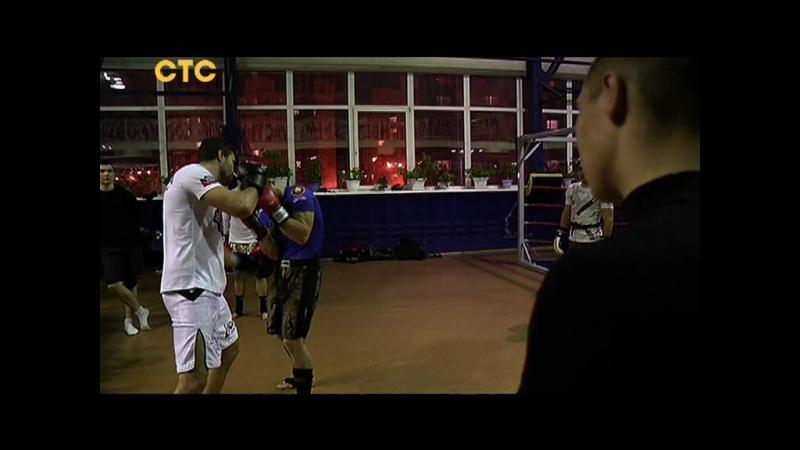 Шестикратный чемпион мира провел мастер класс по тайскому боксу в Ханты Мансийске