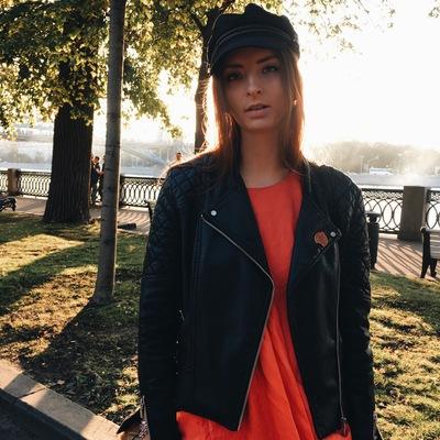 Лиза Эммерт