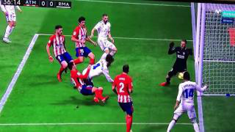 Tremenda patada de Lucas Hernandez a Sergio Ramos - Atletico de Madrid 0-0 Real Madrid - 18/11/2017