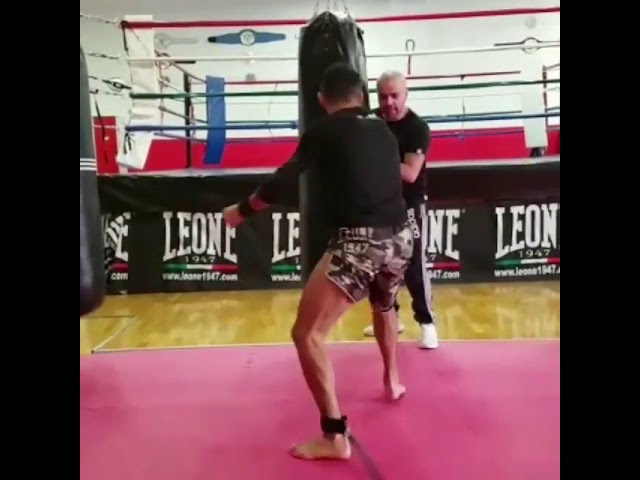 Giorgio Petrosyan training for Yodwicha