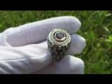 Серебряное кольцо с красным гранатом и белыми фианитами