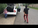 Цыгани зажигают лезгинку (Леша Берников и Коля Ганя)