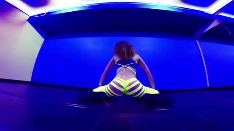 Тверк в рваных лосинах секси Twerk Booty Shake Dance