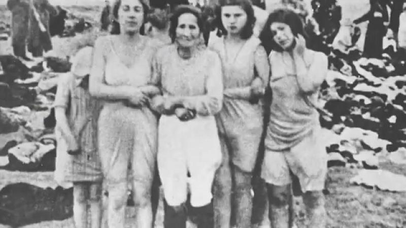 29 сентября 1941 года в киевском урочище Бабий Яр.Погибло 250.000 жителей.Всю грязную работу выполняли Упа и бэндеровцы.2 часть.