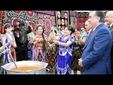 Русский парень поздравляет всех таджиков с Наврузом и ракси Эмомали Рахмон дар ...