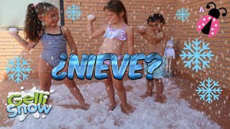 ¡Nieve en pleno verano! ❄️ ¡¡Guerra de BOLAS DE NIEVE con mis primos!! ⛄️