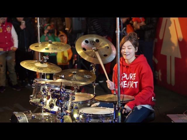 2017/1/22 羅小白S.White - Stronger (Kelly Clarkson) in 桃園興仁夜市