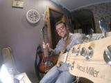 Marcus Miller V7 Vs Fender American Standart Jazz Bass