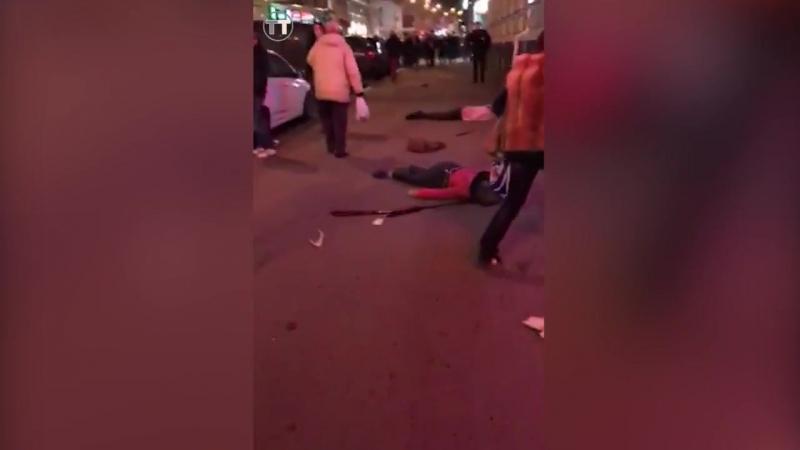 В Харькове девушка сбила 6 человек. Авария. Девушка 97 года рождения.