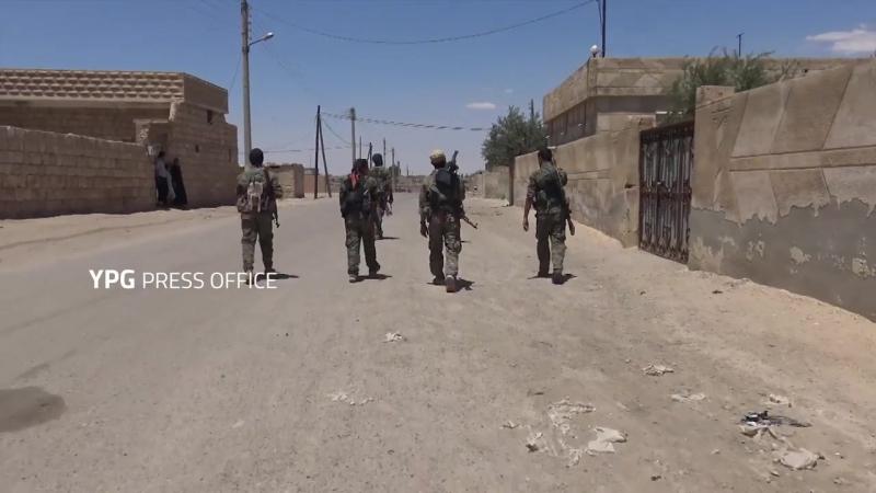 Rizgarkirina bajaroka Mansûra li rojhilatê Tebqa (03-06-2017