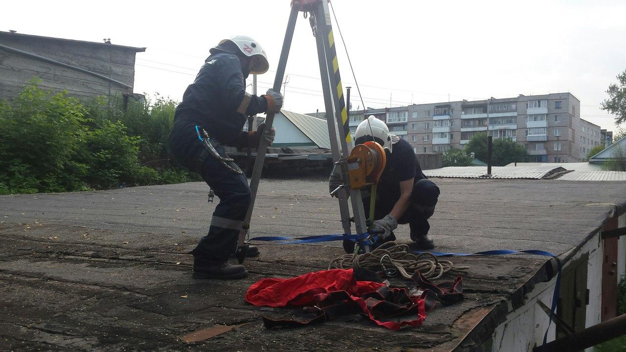 В Кунгуре спасатели вызволили собаку из заброшенного гаража