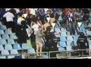 Aficionados del Tenerife tiran sillas a los del Getafe que estaban celebrando el ascenso
