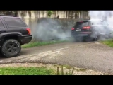 Jeep Grand Cherokee 4X4 против Audi SQ7 Quattro