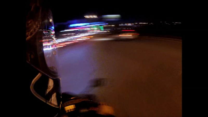 Хонда 600 По ночному городу на спортбайке honda cbr600rr