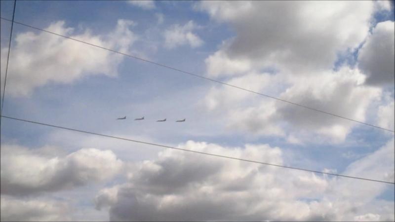 репетиция воздушного парада, который состоится в конце июля.