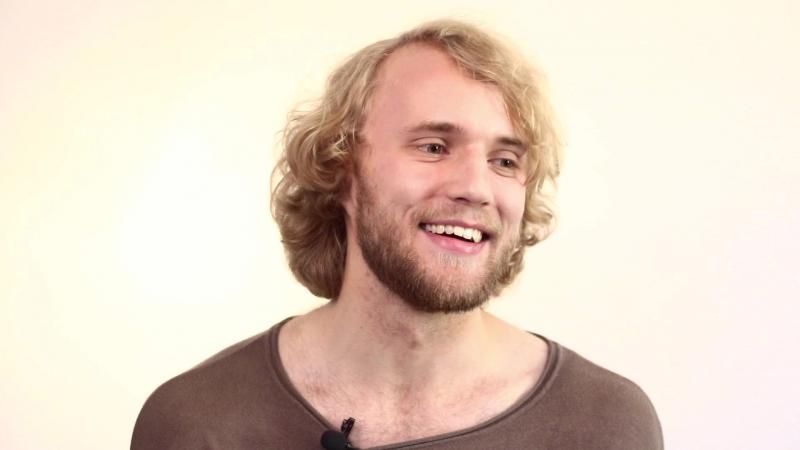 Актёр Виталий Васильев. Блиц-опрос - видео-визитка
