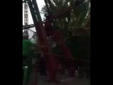 В Семее в День защиты детей пришлось экстренно снимать людей с колеса, обозрения incident_uka