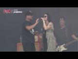 Amy Lee Goofing Around with Ugly Kid Joe at Graspop Metal Meeting (18-06-2017)